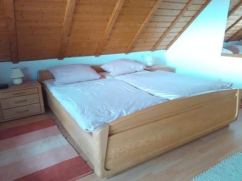 Ferienwohnung mit Balkon - Das Schlafzimmer I